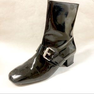 Kids-girl Boot (also in red)